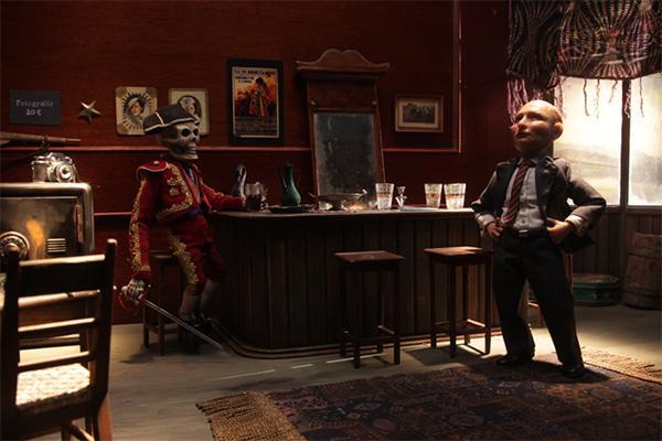 Luuranko ja Putin toimistossa